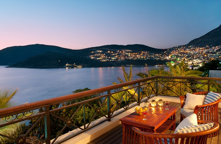 kalkan property with sea views close to town centre