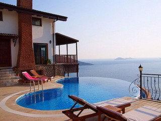 kalkan villa with infinity pool